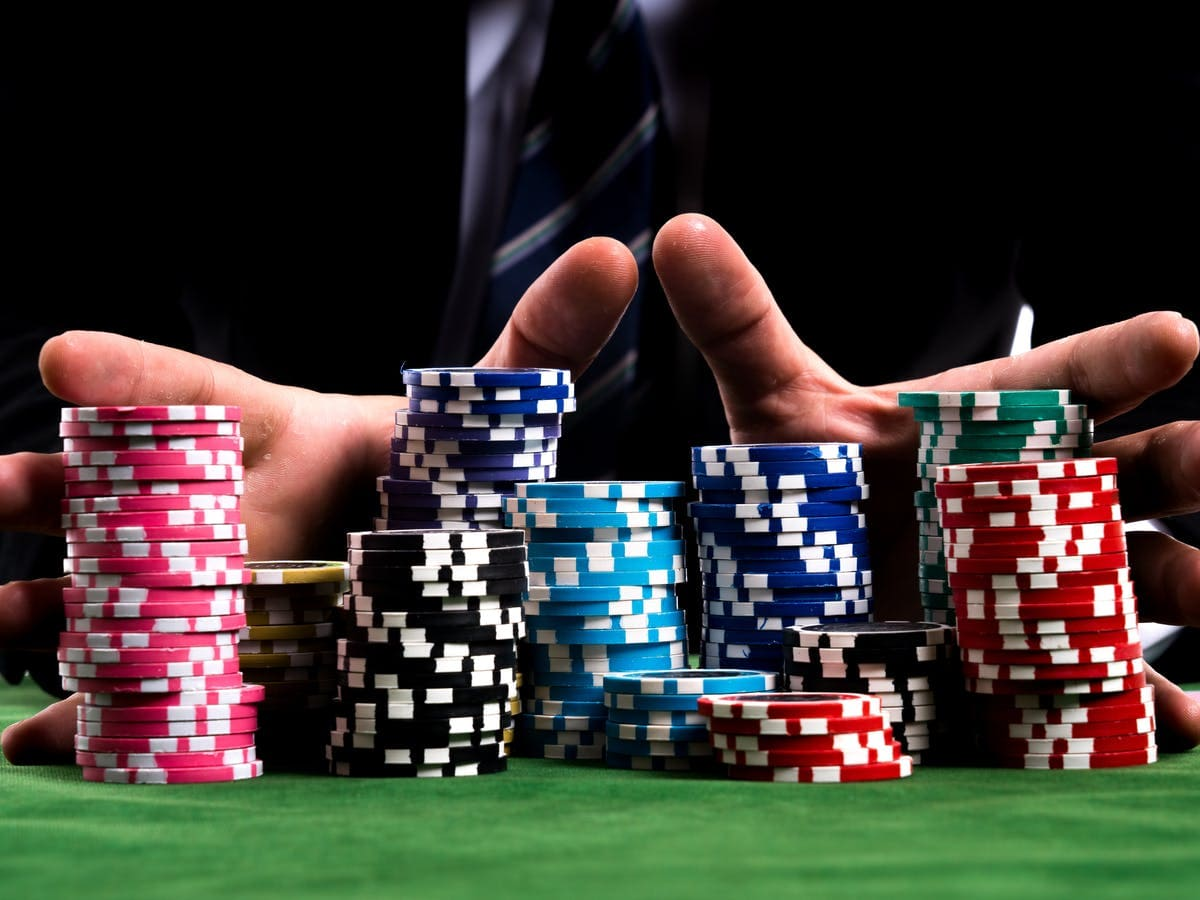 Bluff Tricks How To Win Playing Poker