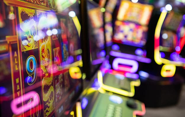 Tricks on how to play the most trusted online slot machine games