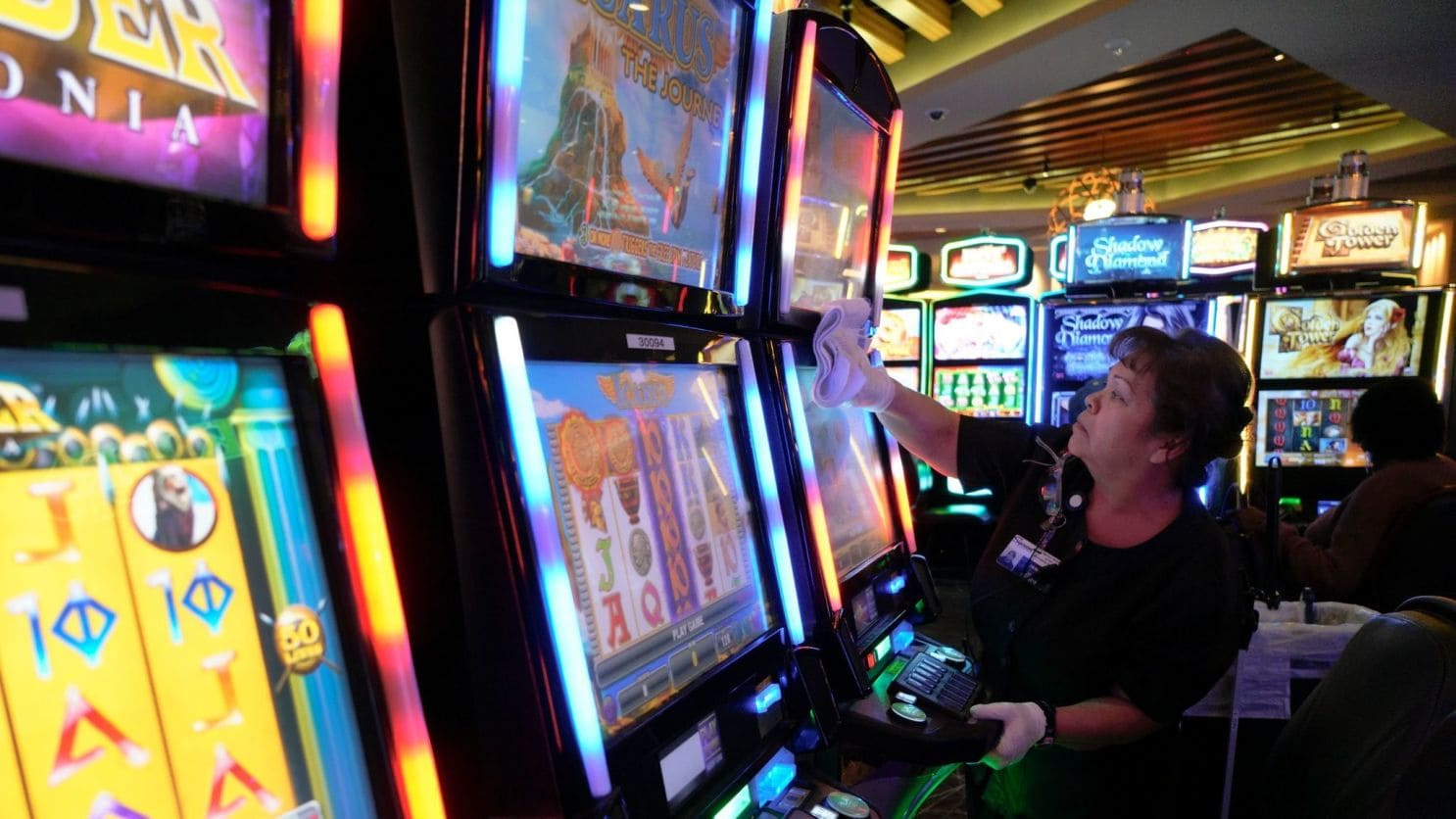 The advantages of online gambling slot games
